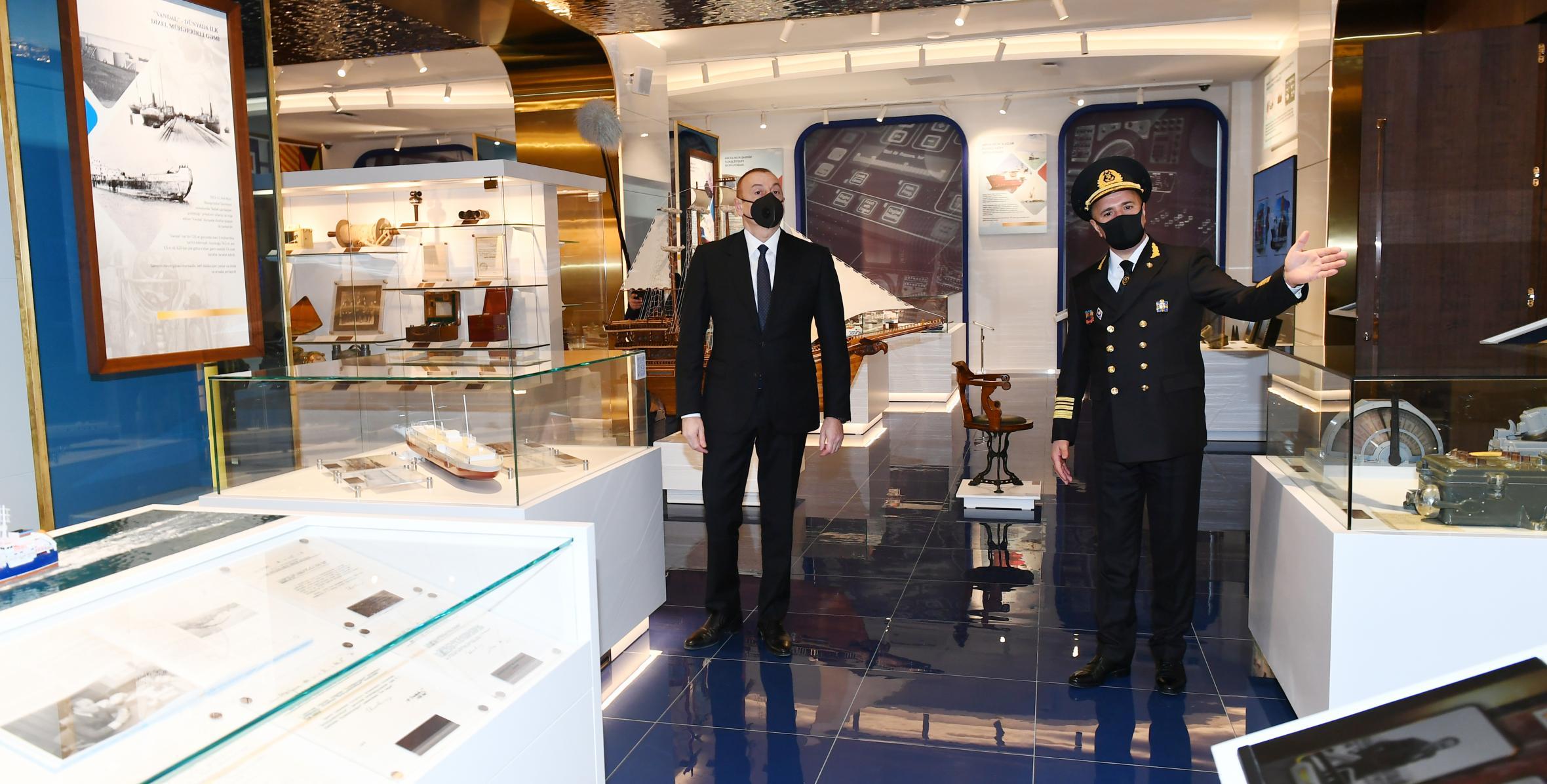 Ильхам Алиев принял участие в церемонии открытия нового административного здания Азербайджанского Каспийского морского пароходства